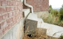sunken-outdoor-concrete